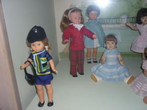 les poupées et leurs accessoires