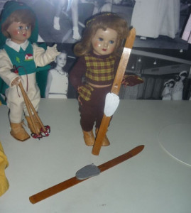 Les poupées font aussi du ski